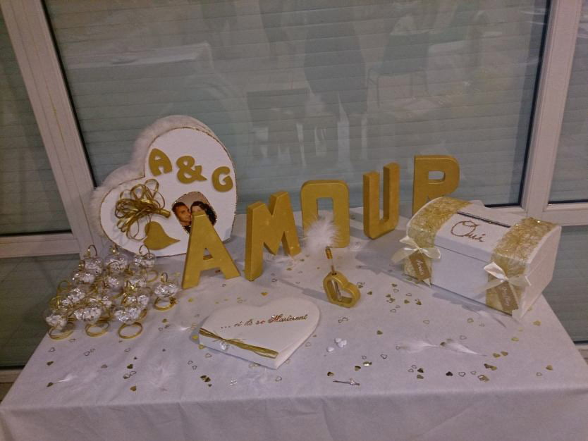 Decoration Table Urne Mariage : Mariage or et blanc anyflowers