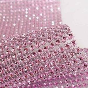 rouleau de ruban de strass rose pale