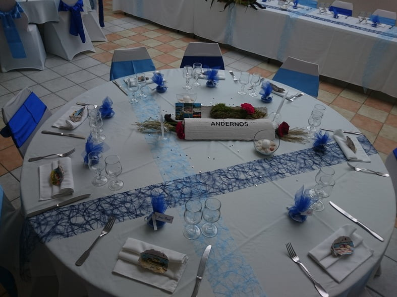Mariage en d grad de bleu for Deco de table orientale