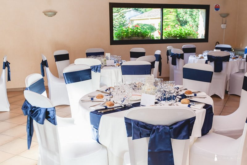 D coration de mariage sous les toiles for Decoration de table bleu